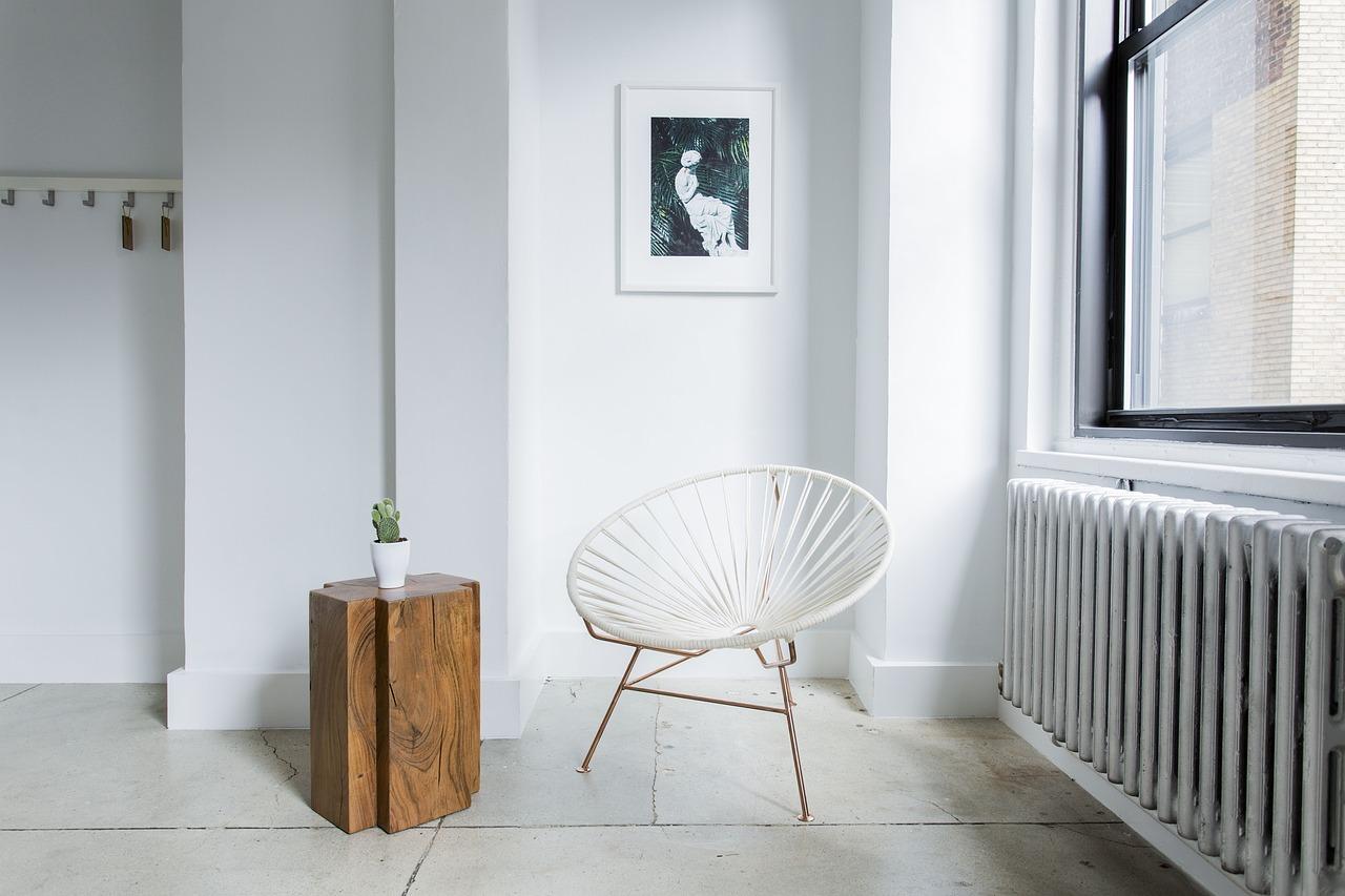 Jak rozjaśnić i powiększyć optycznie małe pomieszczenie