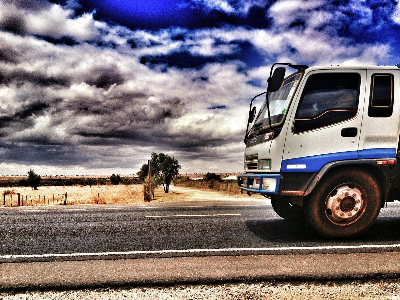 Optymalizacja procesów magazynowych: transport